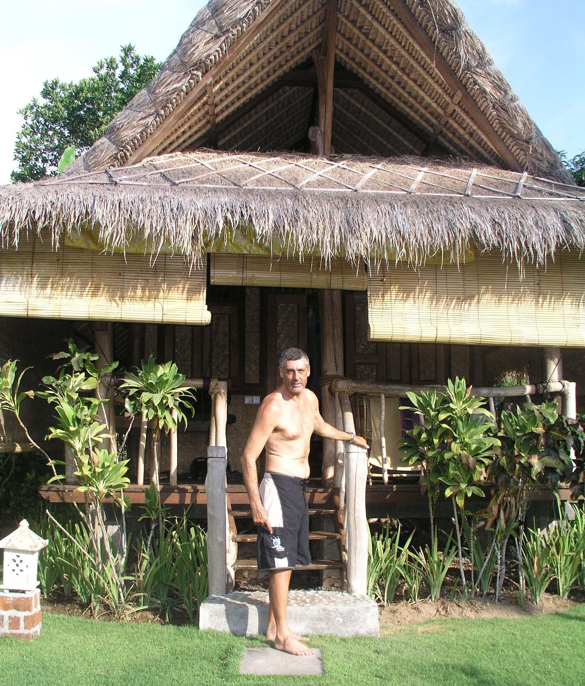 manu bungalow 2
